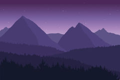 Vista del paisaje de la montaña con las estrellas Imagen de archivo libre de regalías