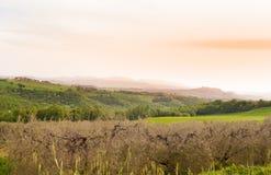 Vista del paisaje a través de las regiones de Umbría y de Toscana foto de archivo