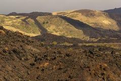 Vista del paisaje volcánico alrededor del monte Etna imagen de archivo libre de regalías
