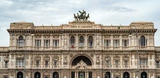 Vista del palazzo di Roma corte di cassazione il giorno nuvoloso Fotografie Stock Libere da Diritti