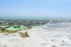 Vista del Pamukkale, Turchia Viste della Turchia - montagna bianca Fotografie Stock Libere da Diritti