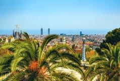 Vista del parco Guell a Barcellona immagini stock libere da diritti