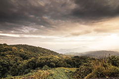 Vista del parco nazionale di Doi Inthanon a Chiang Mai Fotografia Stock Libera da Diritti