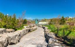 Vista del parque de estado de Niagara Falls en los E.E.U.U. Imagen de archivo libre de regalías