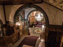 Vista del pasillo de la escalera de mármol del hotel histórico Russell, L foto de archivo libre de regalías