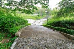 Vista del passaggio pedonale, giardino botanico Immagine Stock