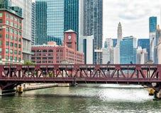 Vista del ponte della via di pozzi in Chicago, U.S.A. Fotografie Stock Libere da Diritti