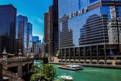 Vista del ponte di DuSable, Chicago IL fotografia stock