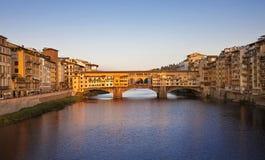 Vista del Ponte Vecchio Foto de archivo libre de regalías