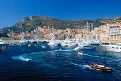 Vista del porto marittimo e della città di Monte Carlo nel Monaco Fotografia Stock