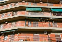 Vista del primo piano di una costruzione multistorey Immagine Stock Libera da Diritti