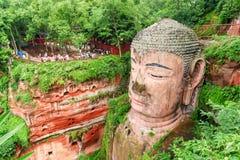 Vista del primo piano del Leshan Buddha gigante, Cina fotografie stock