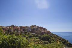 Vista del pueblo de Corniglia Imagenes de archivo