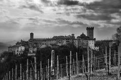 Vista del pueblo de Vigoleno Fotos de archivo libres de regalías