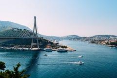 Vista del puente en Dubrovnik Imágenes de archivo libres de regalías