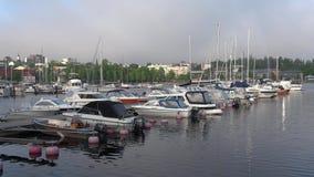 Vista del puerto de la mañana de Lappeenranta a principios de junio finlandia almacen de video