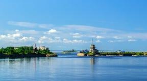 Vista del puerto de los comerciantes en Kronstadt Fotografía de archivo libre de regalías