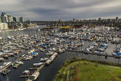 Vista del puerto deportivo inglés de la bahía imágenes de archivo libres de regalías