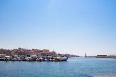 Vista del puerto veneciano de Chania Crete, Grecia fotos de archivo libres de regalías