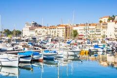 Vista del puerto viejo de Cannes Fotografía de archivo