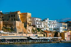 Vista del puerto viejo de Chania en Creta, Grecia Chania es la segundo mayor ciudad de Crete fotografía de archivo libre de regalías