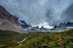 Vista del punto de vista de Valle Frances en el parque nacional de Torres del Pain Imagenes de archivo