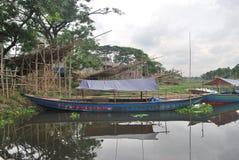 Vista del punto di Basila del fiume di Buriganga, Dacca, Bangladesh Fotografie Stock Libere da Diritti