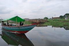 Vista del punto di Basila del fiume di Buriganga, Dacca, Bangladesh Immagini Stock