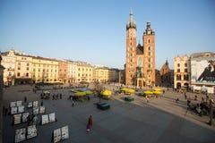 Vista del quadrato principale Data al XIII secolo ed a approssimativamente 40.000 m. è la più grande piazza medievale in Europa Fotografia Stock