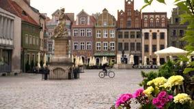 Vista del quadrato principale Rynek città Poznan del 20 luglio 2017 polacco 2 stock footage