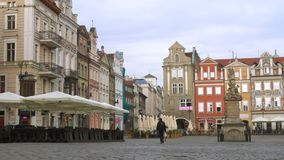 Vista del quadrato principale Rynek città Poznan del 20 luglio 2017 polacco stock footage