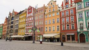Vista del quadrato principale Rynek città Wroslaw del 17 luglio 2017 polacco stock footage