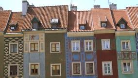 Vista del quadrato principale Rynek della città polacca Poznan stock footage