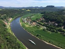 Vista del río Elba de Bastei en suizo Sajonia en Alemania Fotografía de archivo libre de regalías
