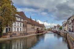 Vista del río enfermo en Strasbour Imágenes de archivo libres de regalías