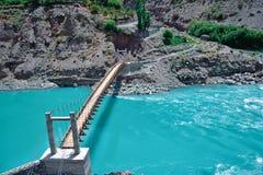Vista del río Indo, Leh-Ladakh, Jammu y Cachemira, la India foto de archivo libre de regalías