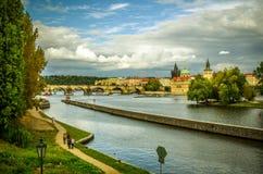 vista del río del puente Imagenes de archivo