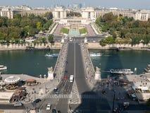 Vista del río Seine, Trocadero y defensa del La de la torre Eiffel parís Foto de archivo