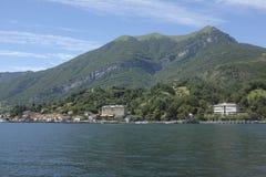 Vista del ramo ad ovest di Como del lago Fotografia Stock