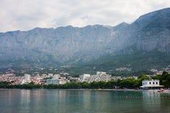 Vista del ricorso Makarska. Il Croatia Immagine Stock