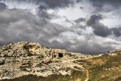 Vista del rupestri chiese del delle di Murgia e di della dell'IL Parco vicino a Matera fotografie stock libere da diritti