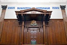 Vista del sitio del tribunal penal dentro de St Jorte Pasillo, Liverpool, Reino Unido Imagen de archivo