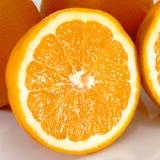 Vista del taglio fresco arancio, fetta arancio del primo piano Immagine Stock Libera da Diritti