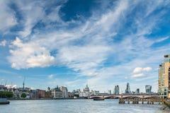 Vista del Tamigi a Londra Fotografia Stock