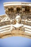 Vista del templo del ` s de Hadrian, ciudad antigua de Ephesus Fotos de archivo