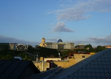 Vista del tetto del palazzo presidenziale di Tbilisi immagine stock libera da diritti