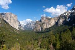 Vista del traforo della valle del Yosemite immagini stock libere da diritti