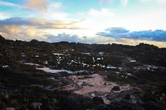 Vista del tramonto dalla cima del Roraima del supporto Fotografie Stock Libere da Diritti