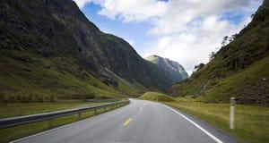 Vista del viaje del coche, Noruega. Fotos de archivo