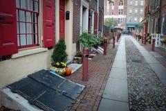 Vista del vicolo del ` s di Elfreth in Filadelfia, U.S.A. Fotografia Stock
